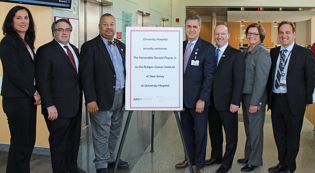 Congressman Donald M  Payne, Jr , Visits Rutgers Cancer Institute at
